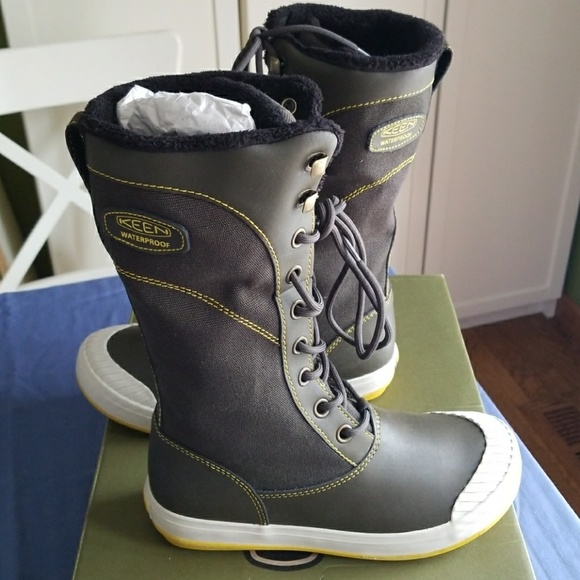 0dcf04bceff Keen Elsa Tall winter, snow boots. Women's 6.5 NWT